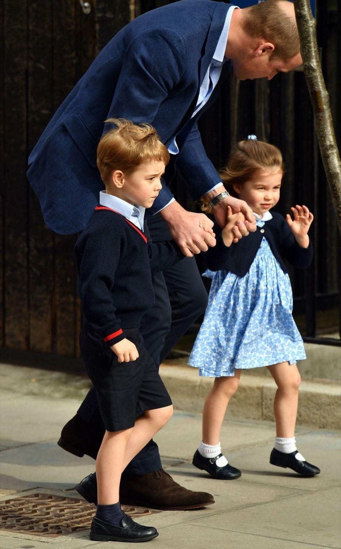 Le Prince George Et La Princesse Charlotte Rencontrent Leur Petit Frère 21
