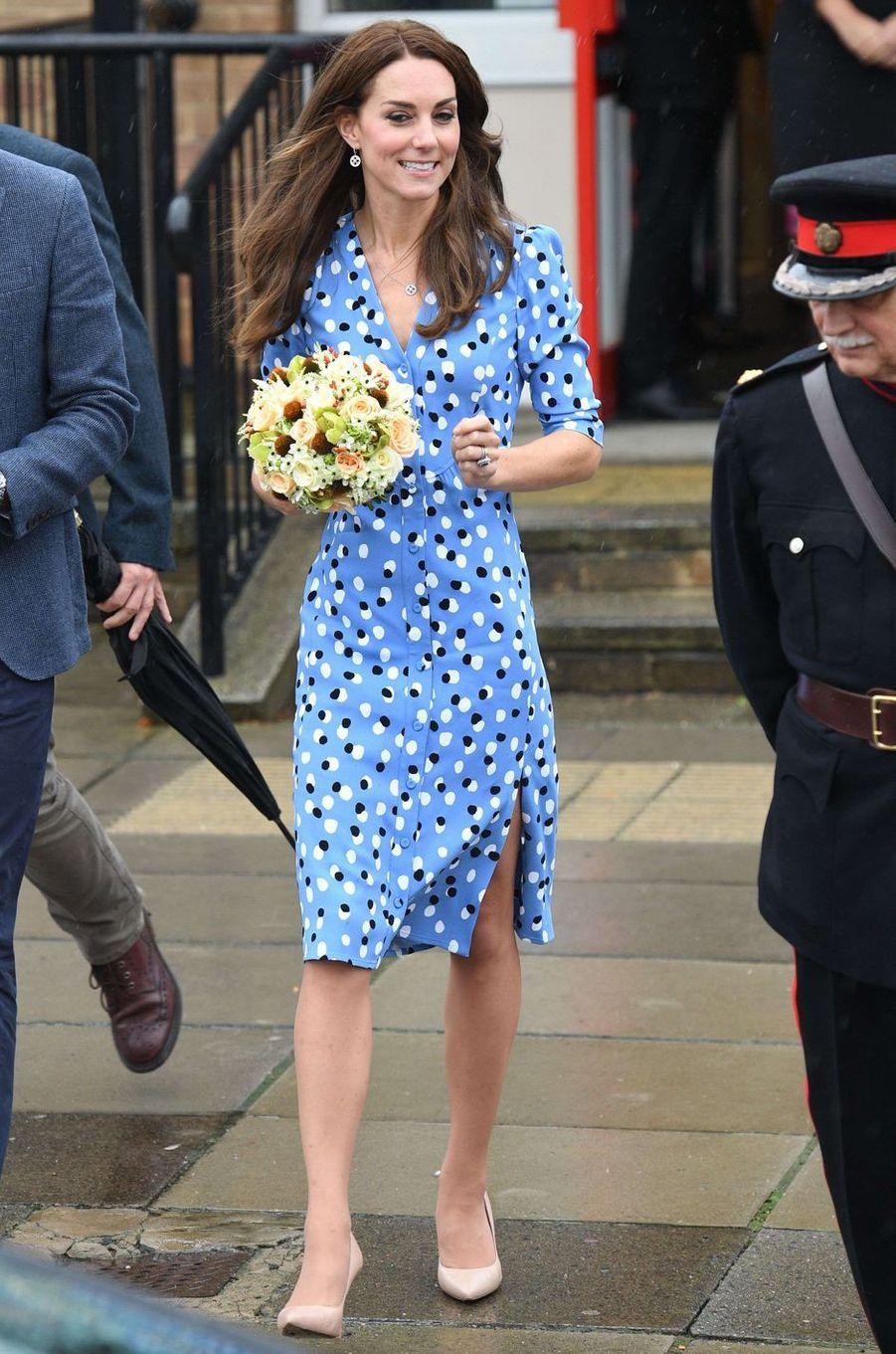 Kate Middleton le 16 octobre 2016 dans une robe Altuzarra à 1 728 livres