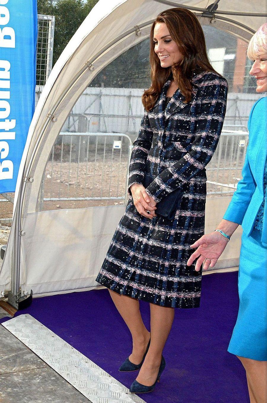 Kate Middleton le 14 octobre 2016 dans un manteau Erdem estimé à 1 600 livres