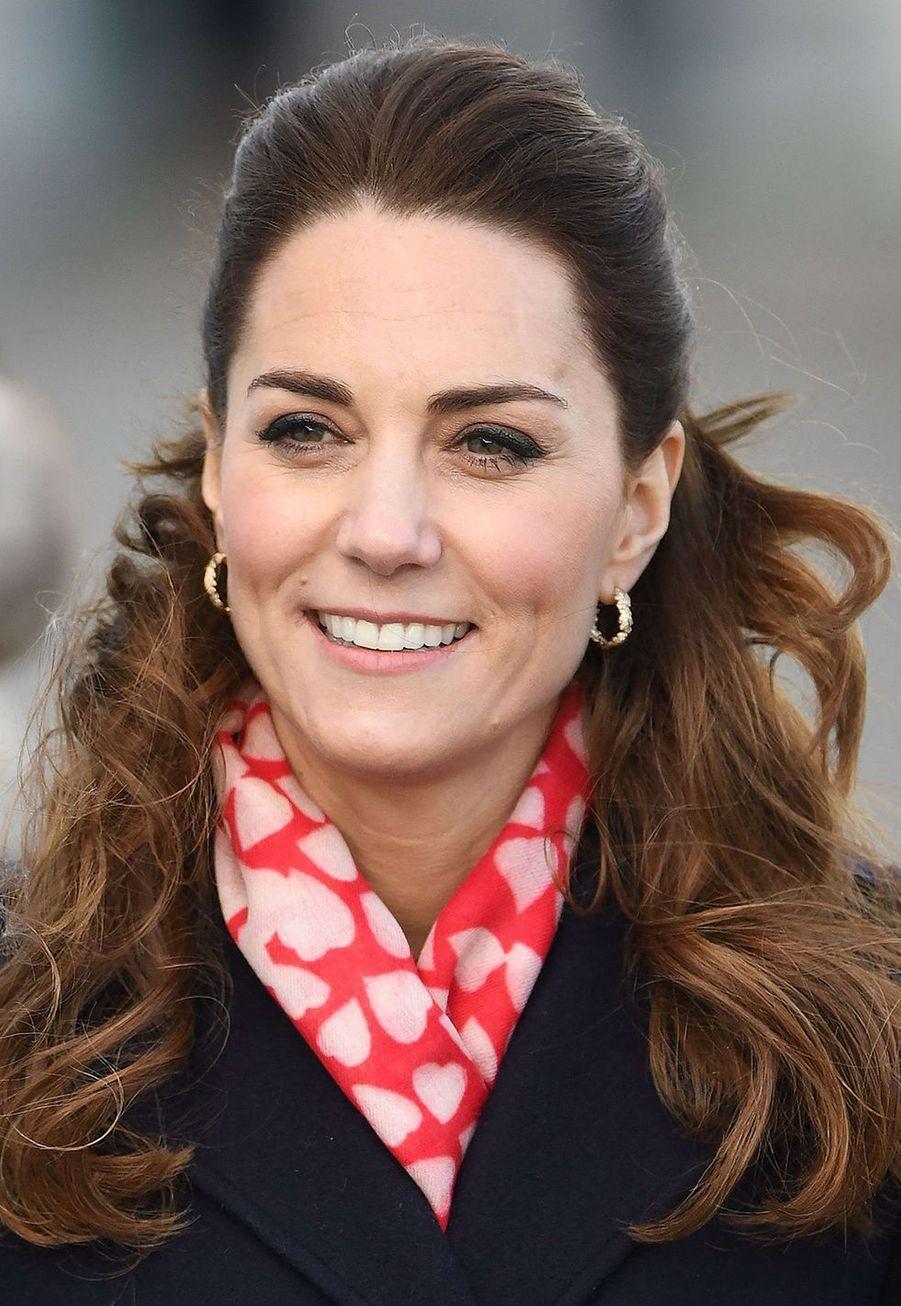 Kate Middleton en visite à laMumbles Lifeboat Station, àSwansea,en Galles du Sud le 3 février 2020