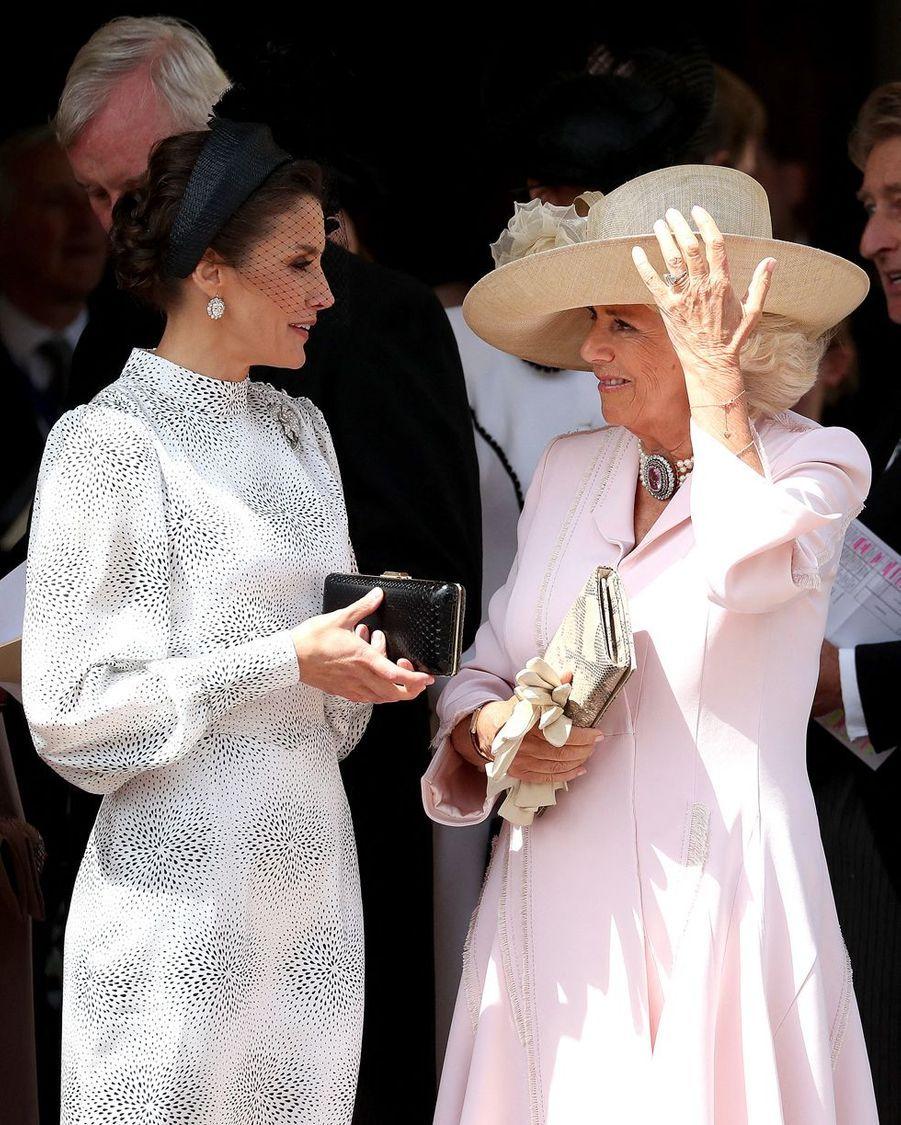 Letizia d'Espagne et Camilla, duchesse de Cornouailles, à la chapelle Saint-Georges de Windsor lors de la cérémonie del'Ordre de la Jarretière le 17 juin 2019