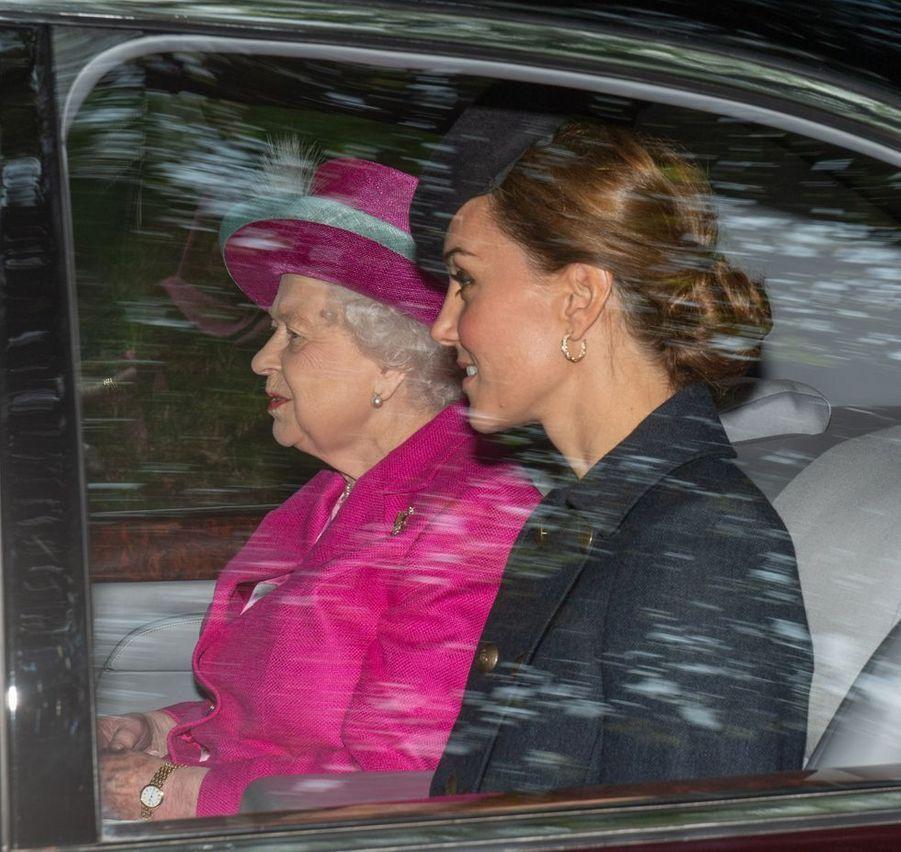 Kate Middleton et la reine Elizabeth II àCrathie Kirk le 25 août 2019