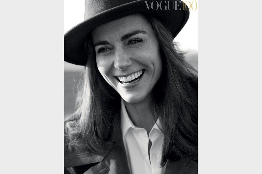 """Kate Middleton, la duchesse de Cambridge, pose pour le numéro de juin de l'édition britannique de """"Vogue""""."""