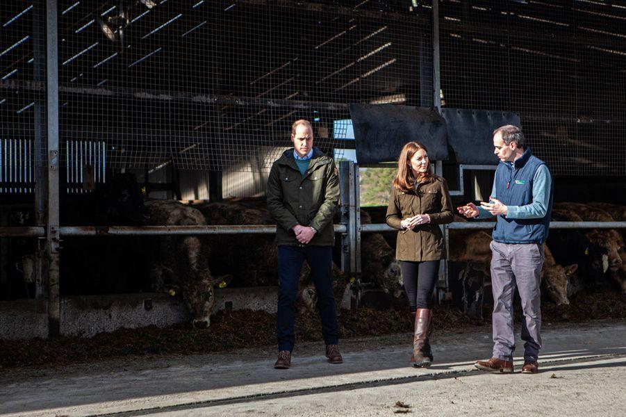 Kate Middleton et le prince William visitentune ferme dans le comté de Meath en Irlande le 4 mars 2020