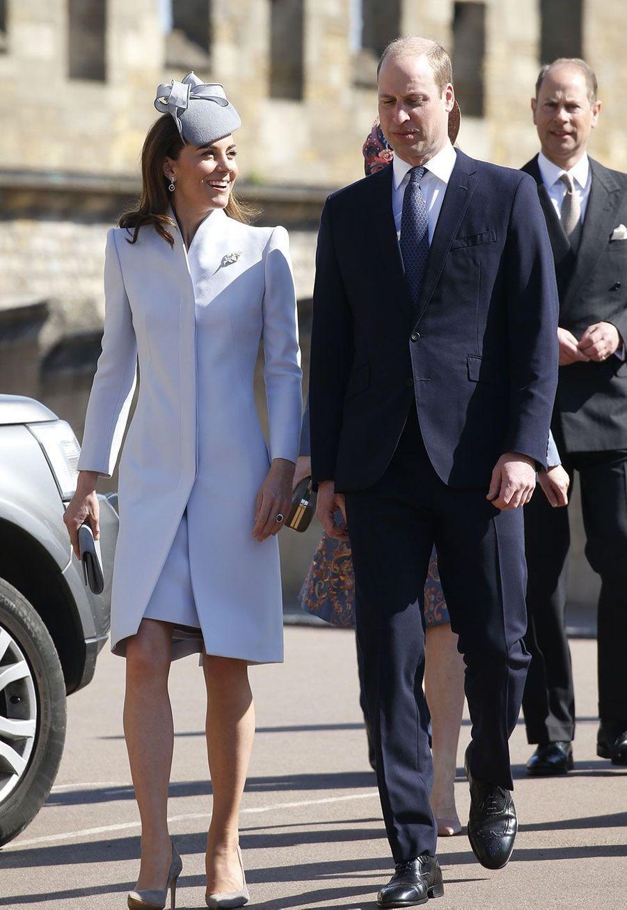 Kate et William à leur arrivée à la chapelleSaint-Georges dimanche matin