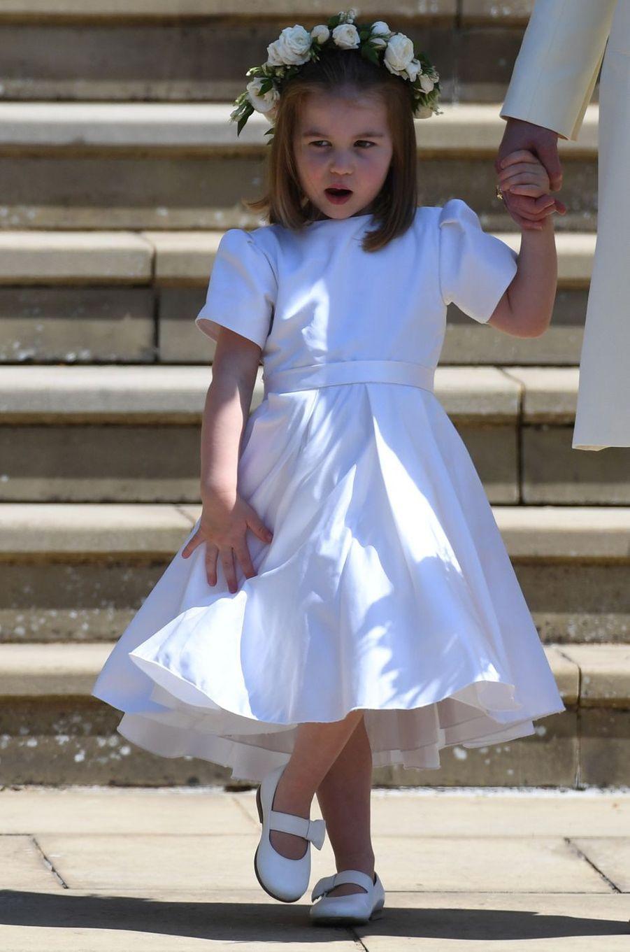 La princesse Charlotte de Cambridge dans sa robe Givenchy de demoiselle d'honneur, le 19 mai 2018