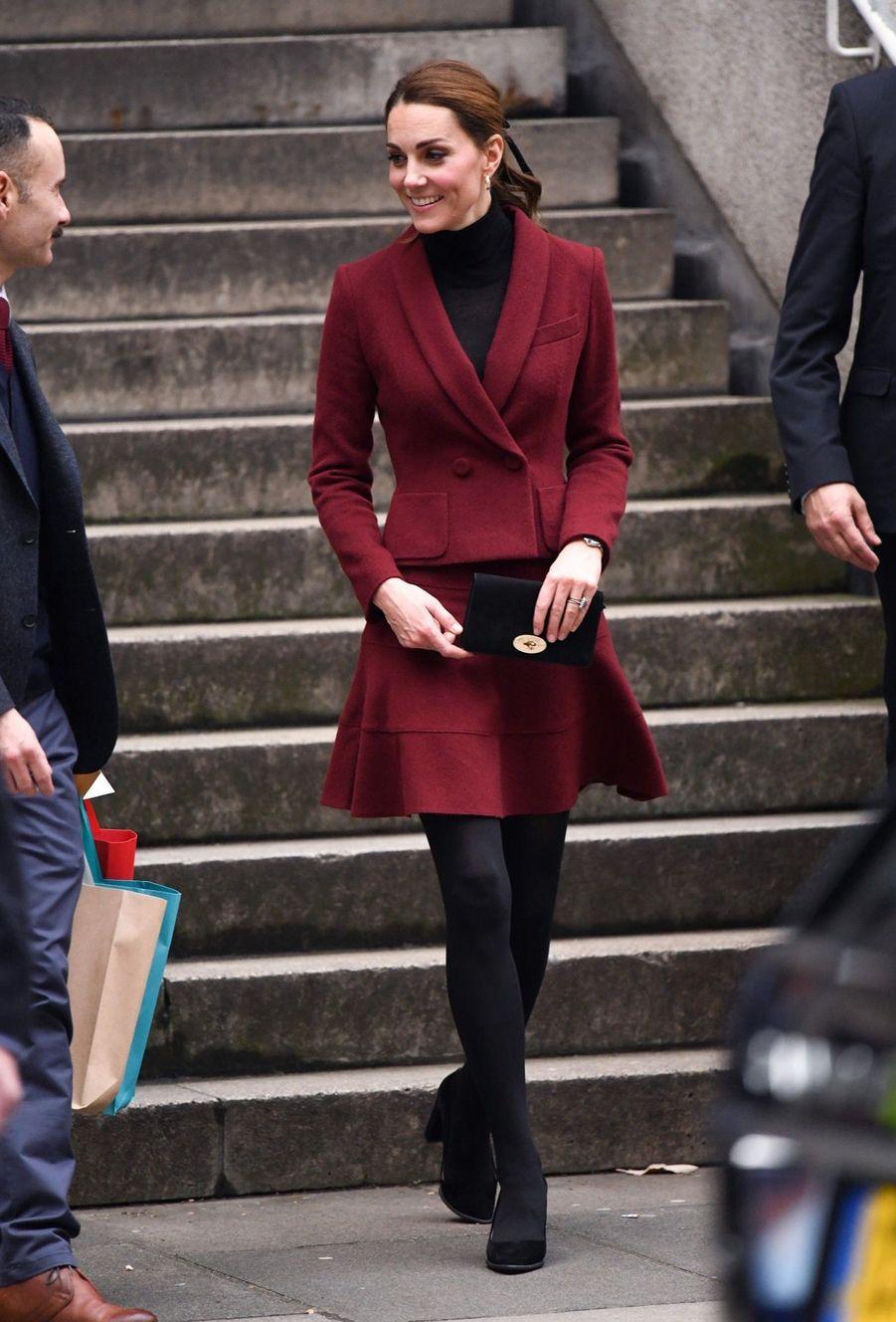 Kate En Visite À L'University College De Londres ( 13