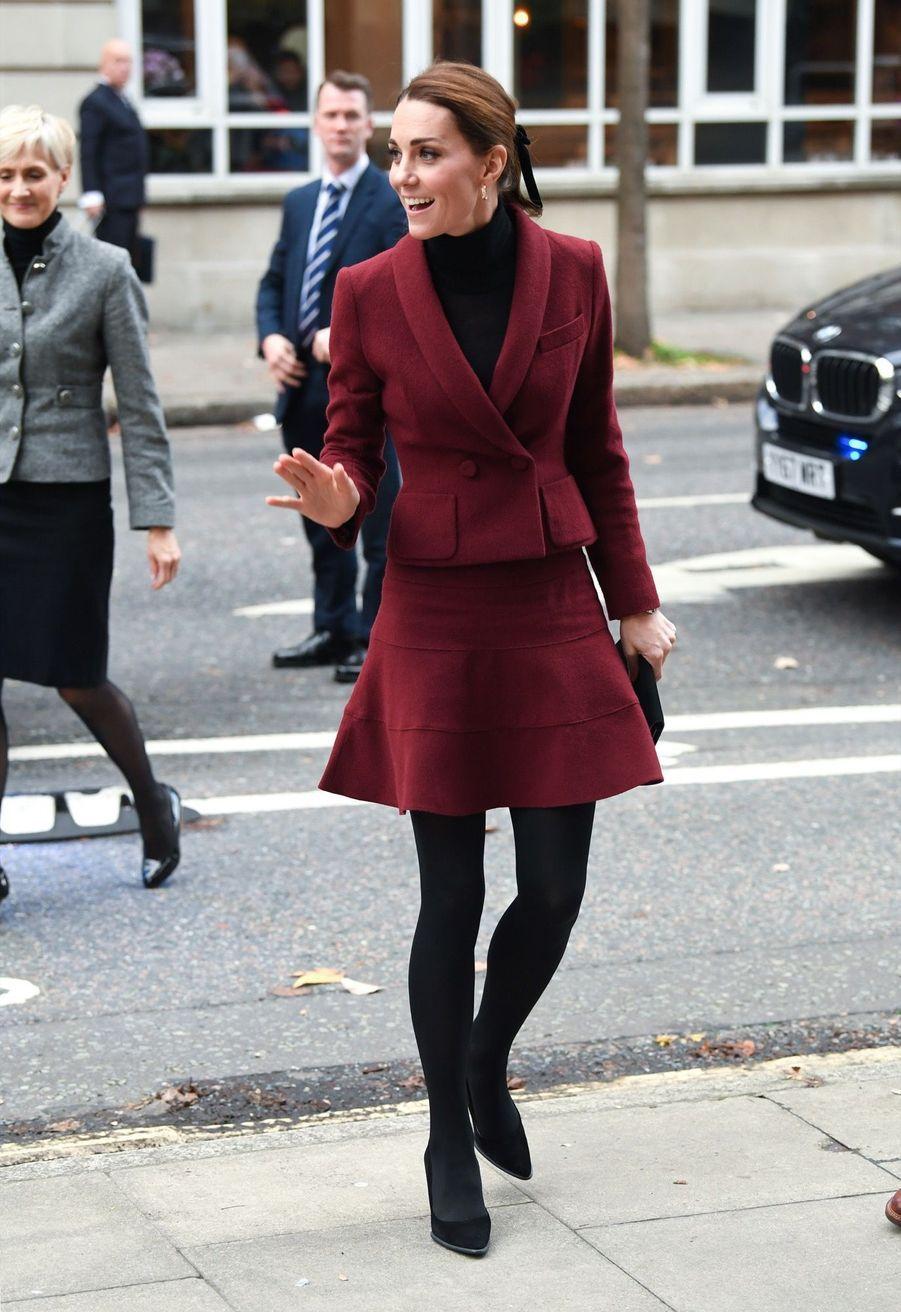Kate En Visite À L'University College De Londres ( 4