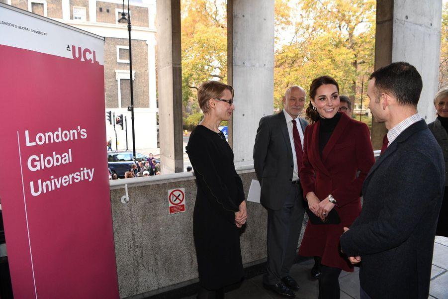 Kate En Visite À L'University College De Londres ( 5