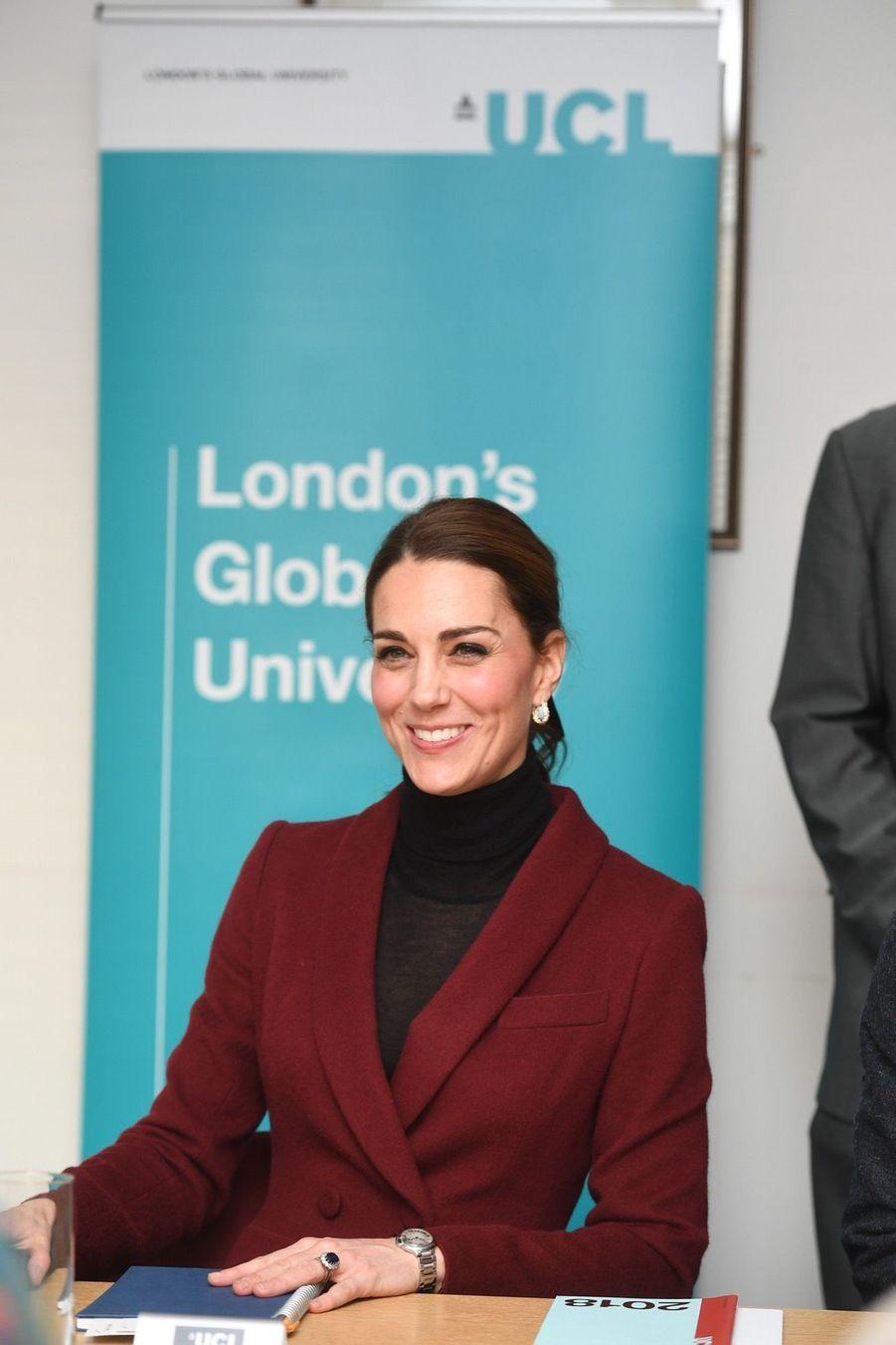 Kate En Visite À L'University College De Londres ( 9