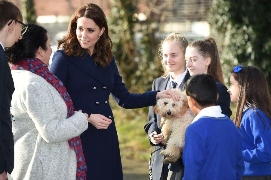 Kate Middleton En Visite À La Reach Academy De Feltham 10