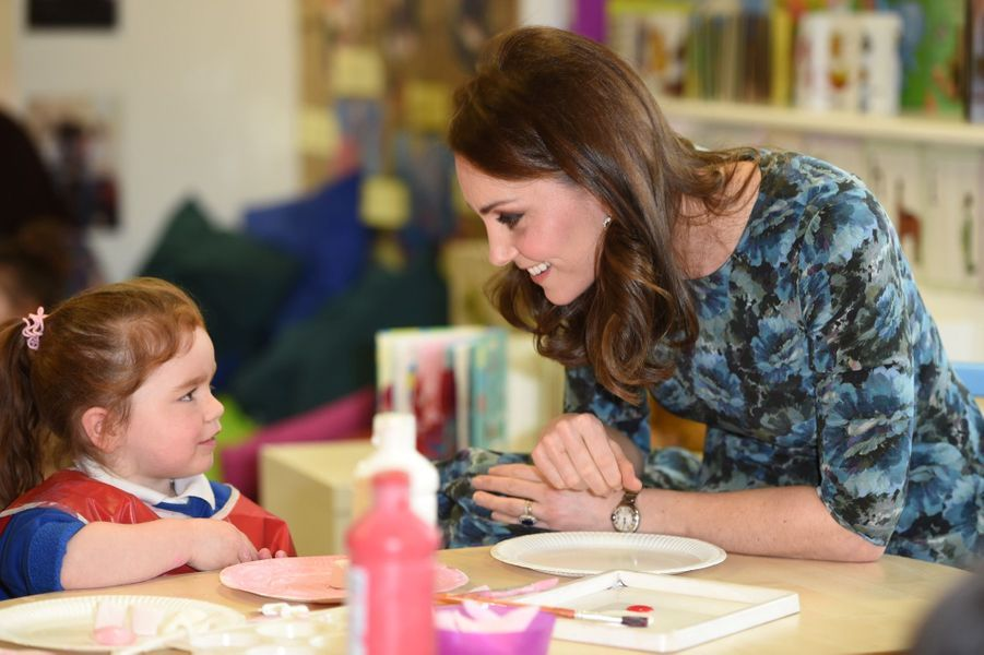Kate Middleton En Visite À La Reach Academy De Feltham 14