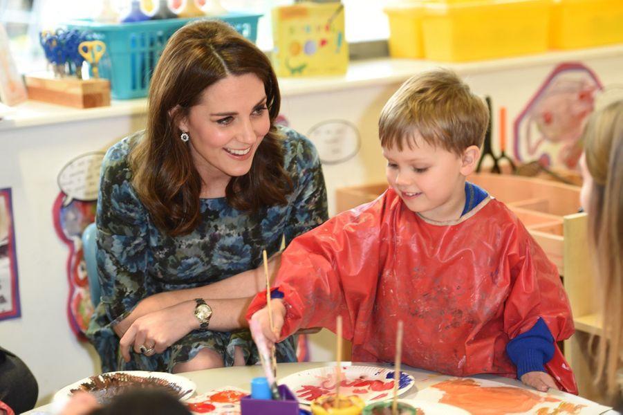 Kate Middleton En Visite À La Reach Academy De Feltham 22