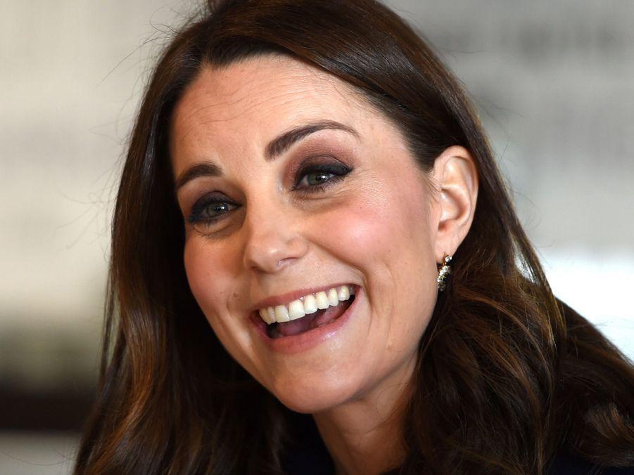 Kate Middleton En Visite À La Reach Academy De Feltham 24