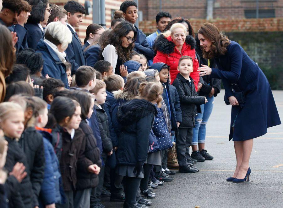 Kate Middleton En Visite À La Reach Academy De Feltham 4