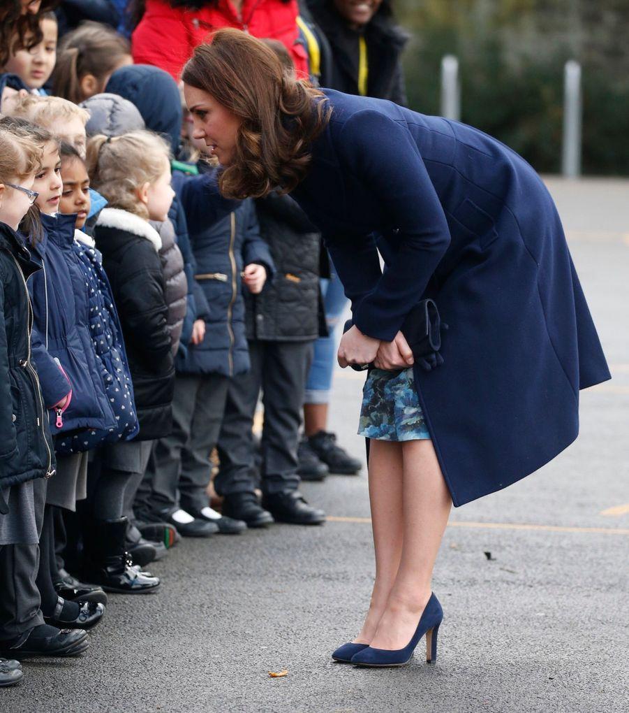 Kate Middleton En Visite À La Reach Academy De Feltham 5