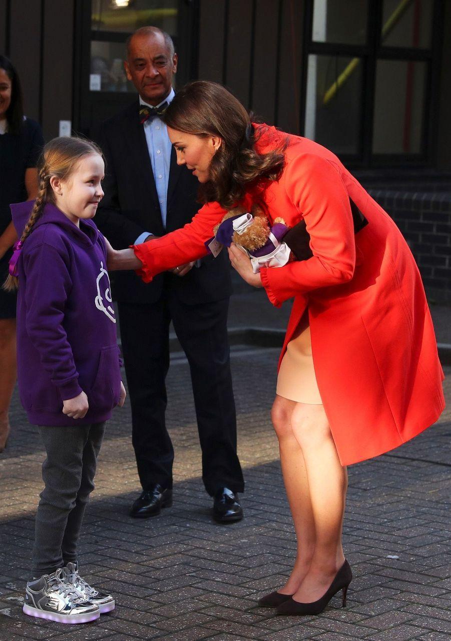 Kate Middleton Enceinte Au Chevet De Rafael, Au Great Ormond Street Hospital 07