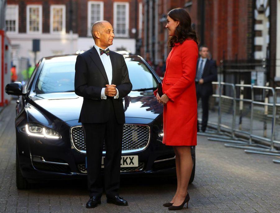 Kate Middleton Enceinte Au Chevet De Rafael, Au Great Ormond Street Hospital 08