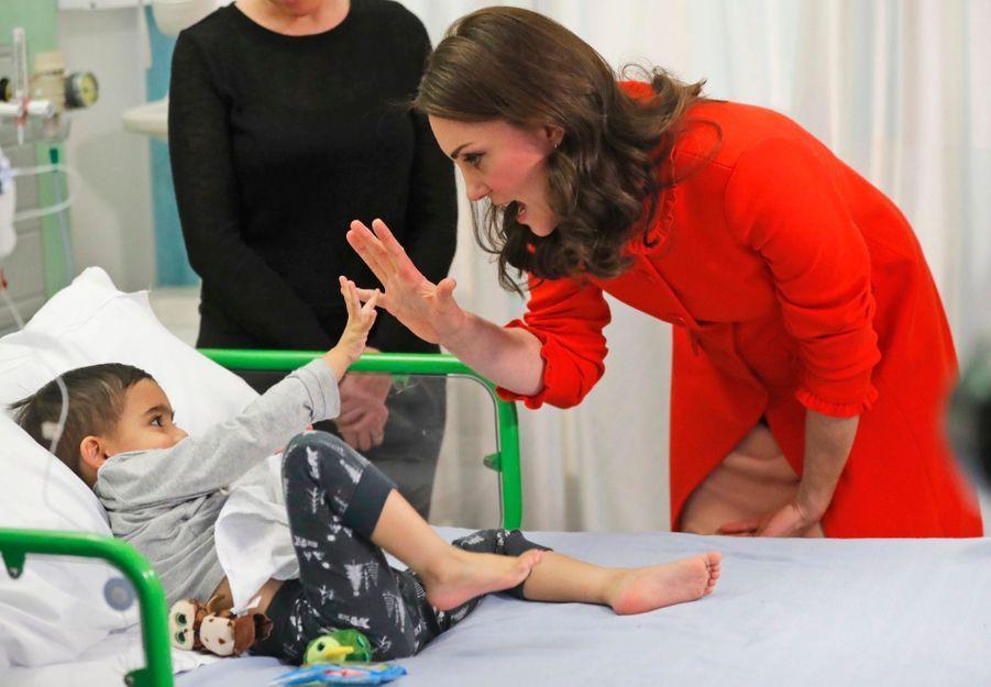 Kate Middleton Enceinte Au Chevet De Rafael, Au Great Ormond Street Hospital 19