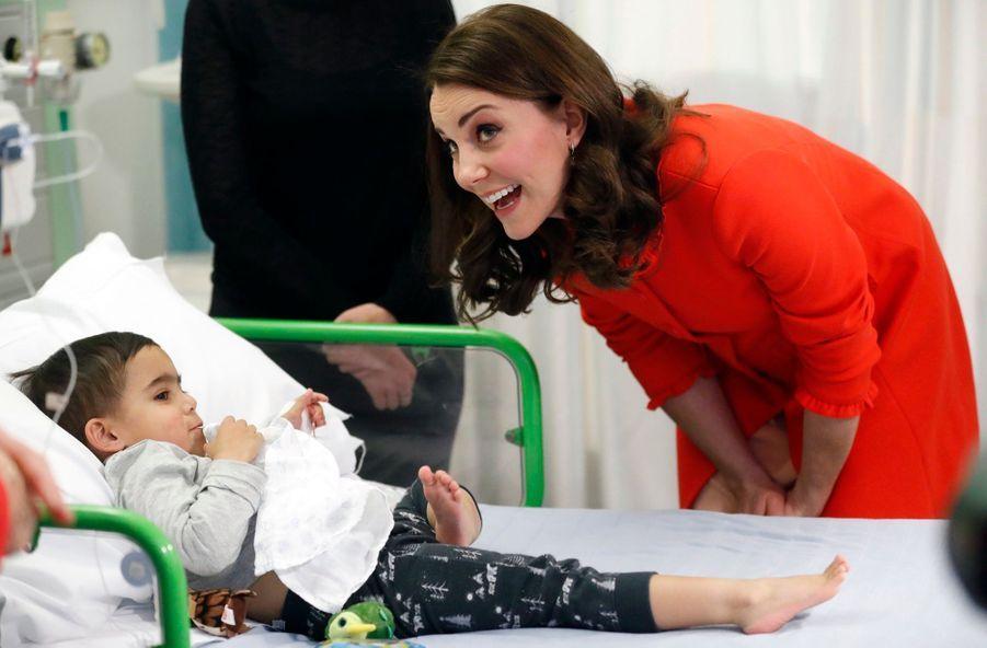 Kate Middleton Enceinte Au Chevet De Rafael, Au Great Ormond Street Hospital 20