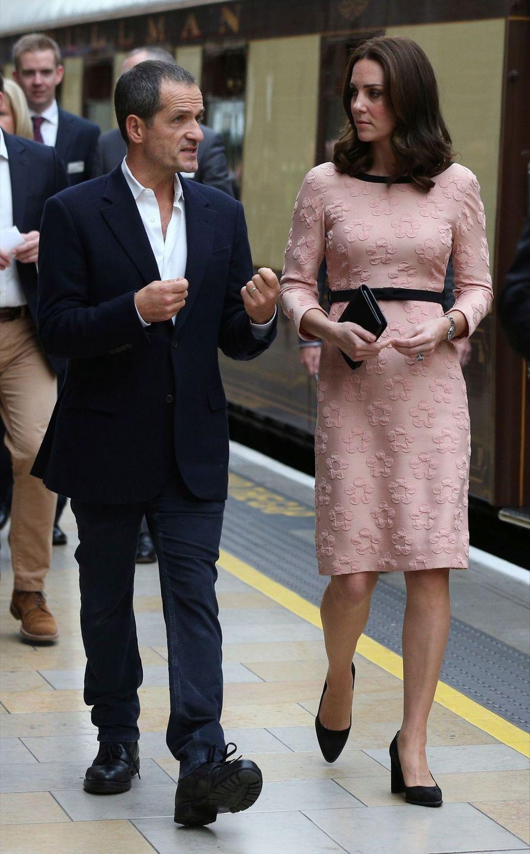 Kate Middleton Enceinte Danse Avec L'ours Paddington 1