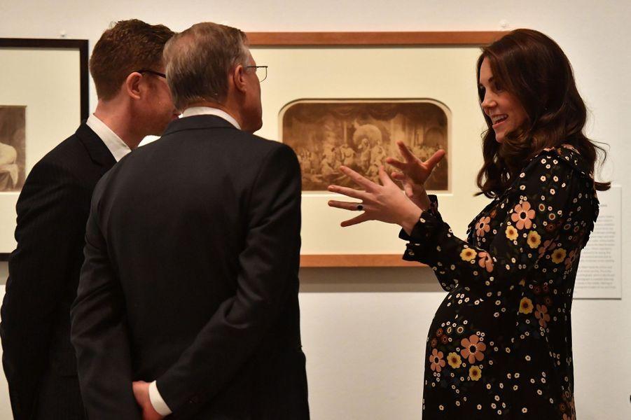 Kate Middleton enceinte de son troisième enfant, le 28 février 2018.