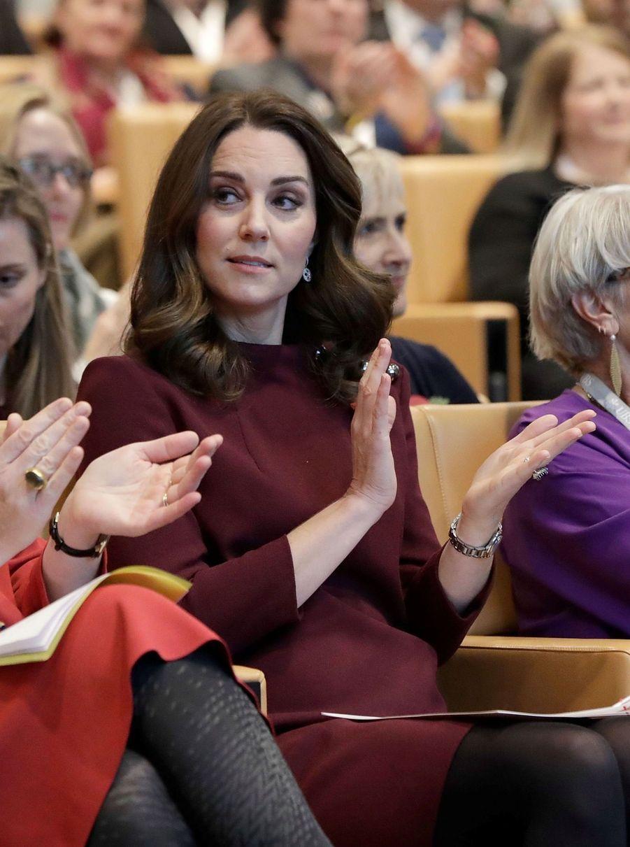 Kate Middleton enceinte de son troisième enfant, le 8 novembre 2017.