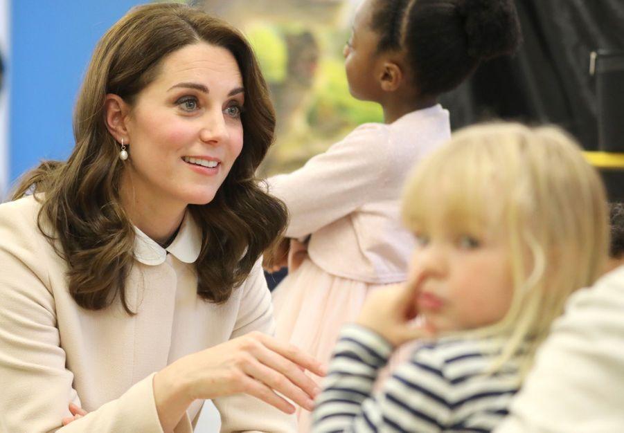 Kate Middleton enceinte de son troisième enfant, le 14 novembre 2017.