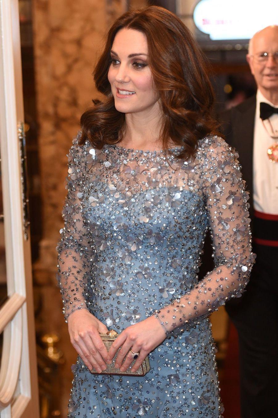 Kate Middleton enceinte de son troisième enfant, le 24 novembre 2017.