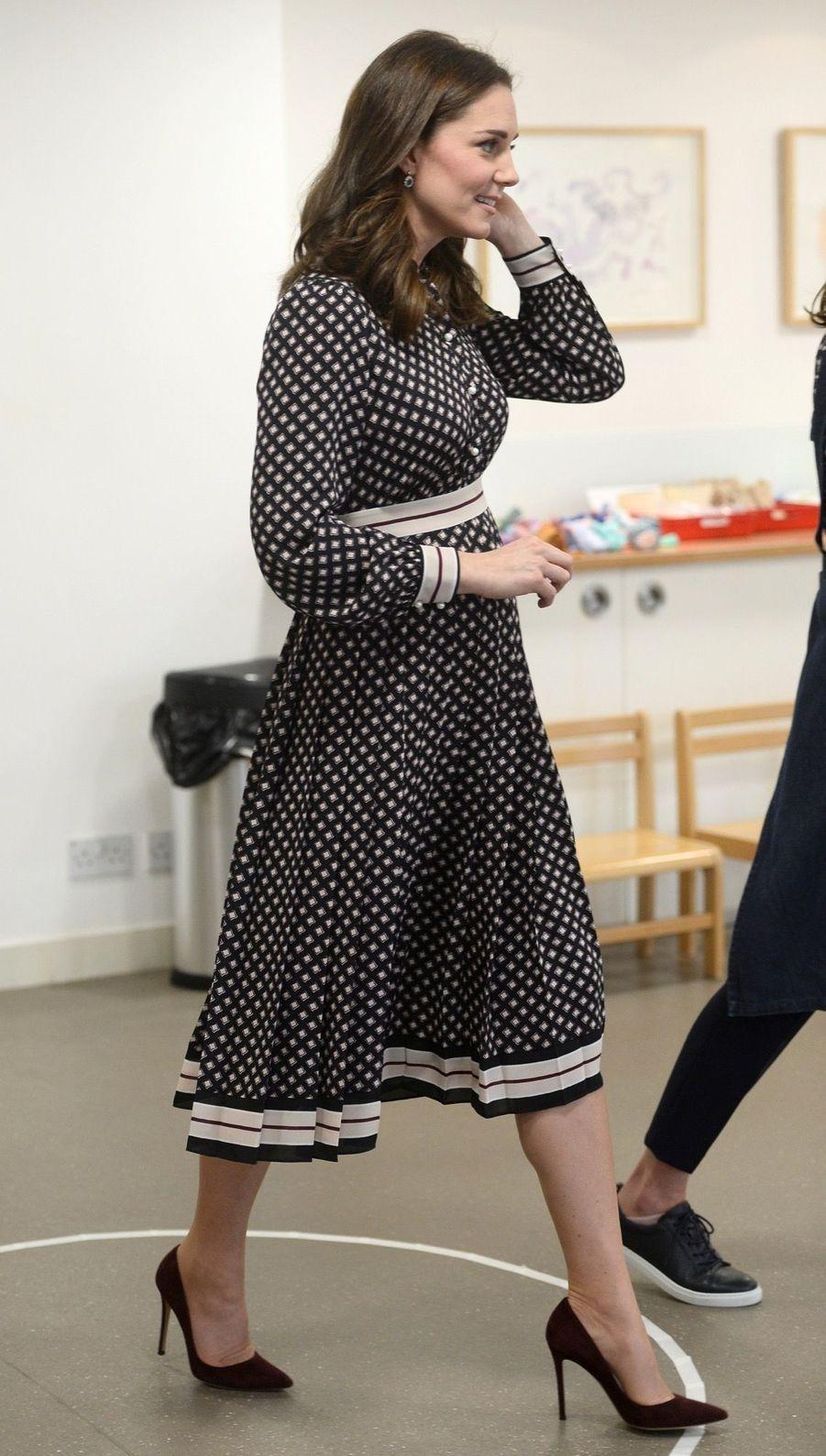 Kate Middleton enceinte de son troisième enfant, le 28 novembre 2017.
