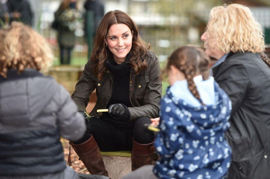 Kate Middleton enceinte de son troisième enfant, le 29 novembre 2017.