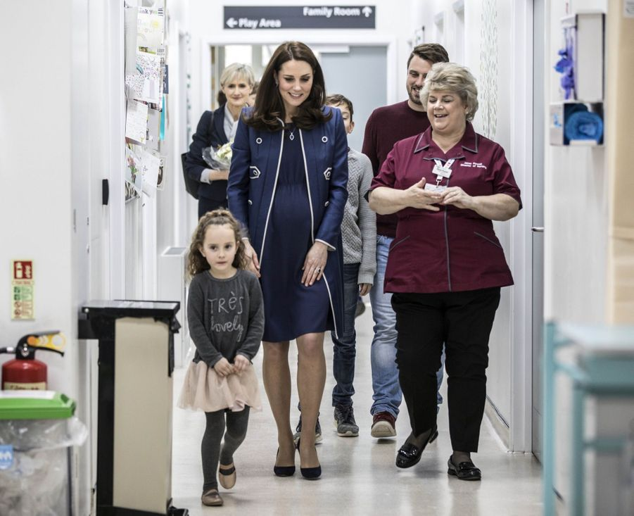 Kate En Visite Au St Thomas' Hospital 2