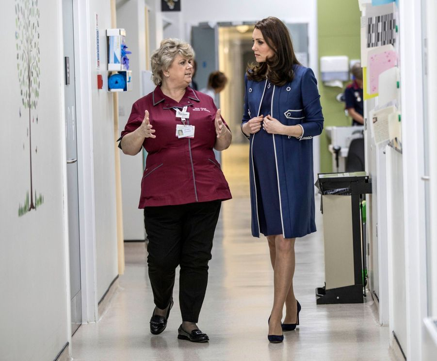Kate En Visite Au St Thomas' Hospital 6