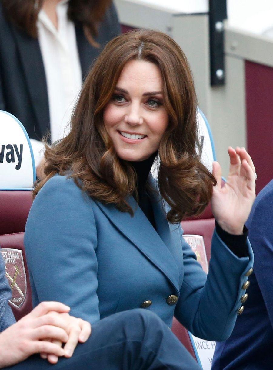 Kate, William Et Harry En Visite Au Stade De West Ham United 1