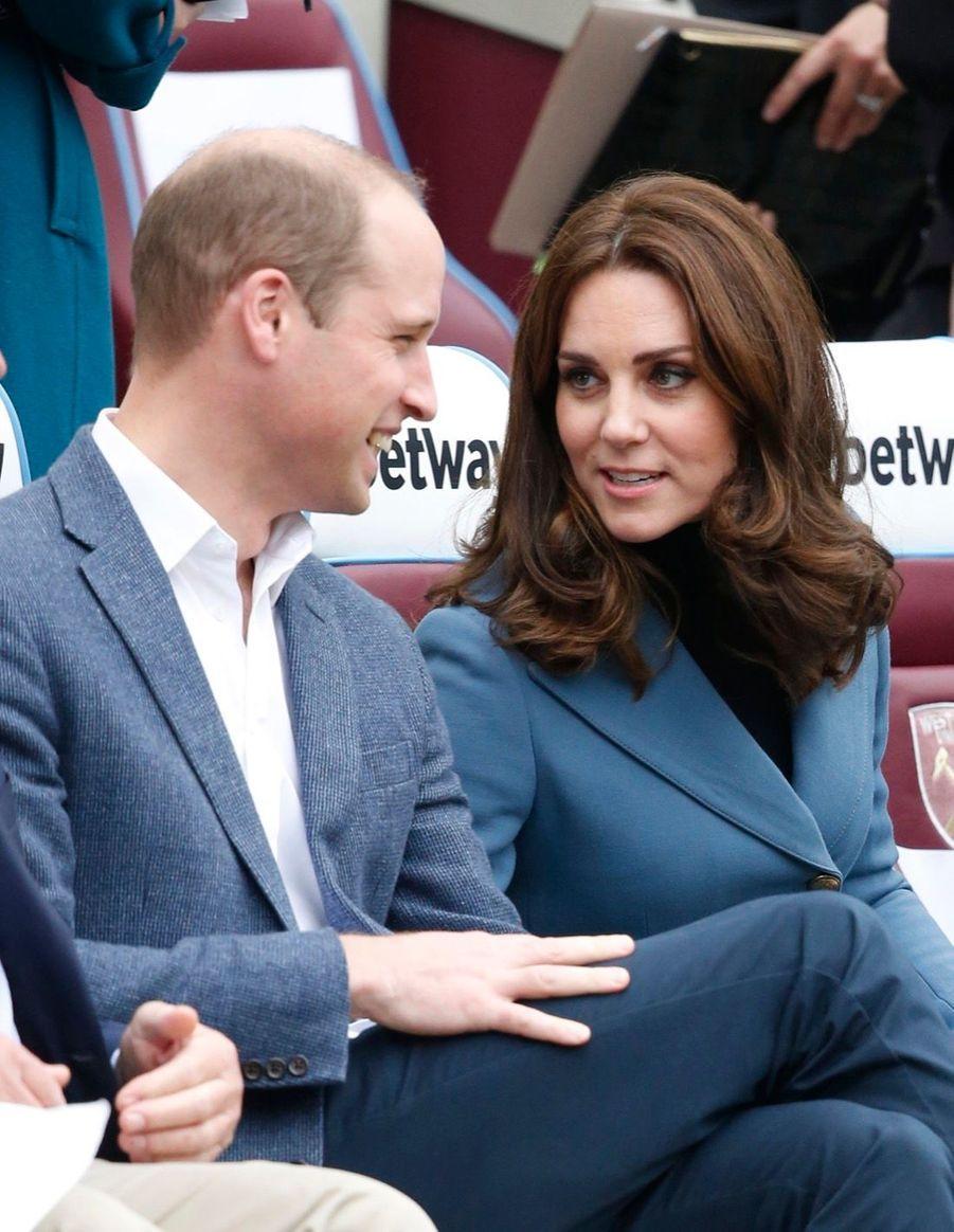 Kate, William Et Harry En Visite Au Stade De West Ham United 2