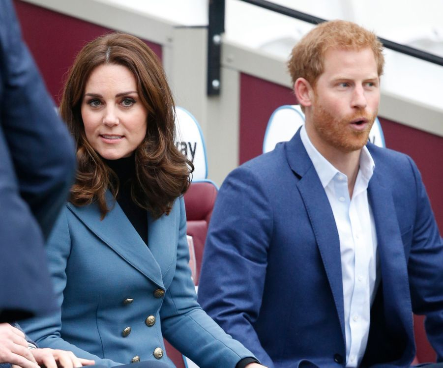 Kate, William Et Harry En Visite Au Stade De West Ham United 4