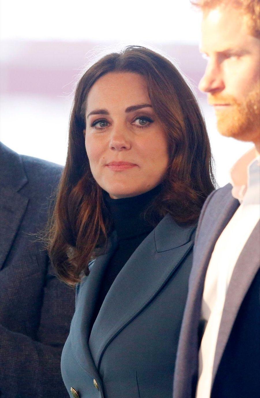 Kate, William Et Harry En Visite Au Stade De West Ham United 6