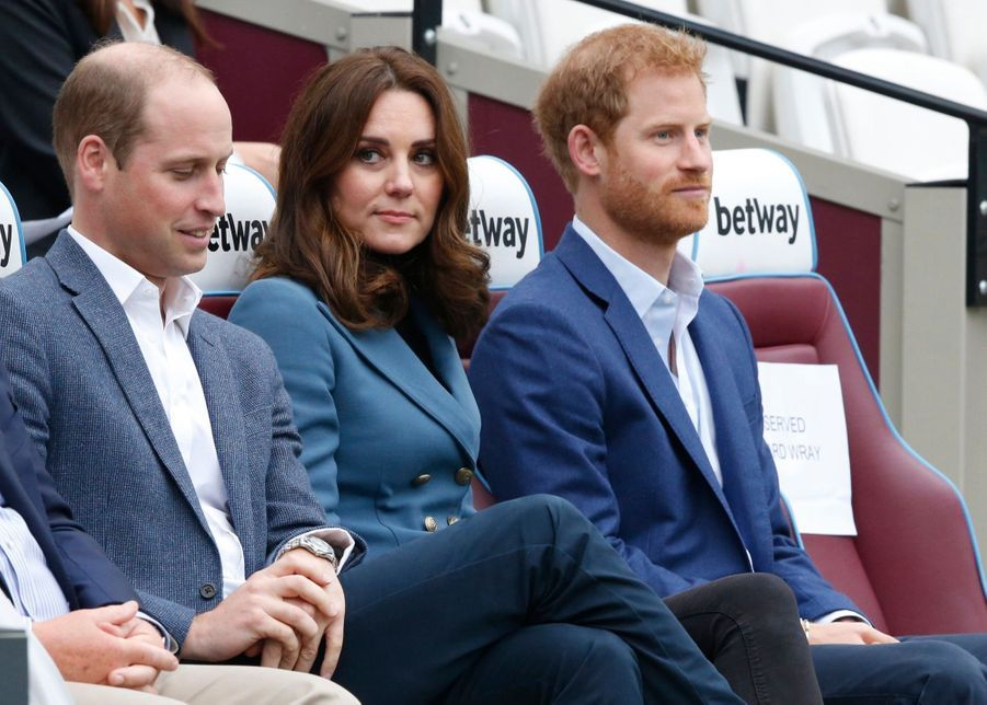 Kate, William Et Harry En Visite Au Stade De West Ham United 8