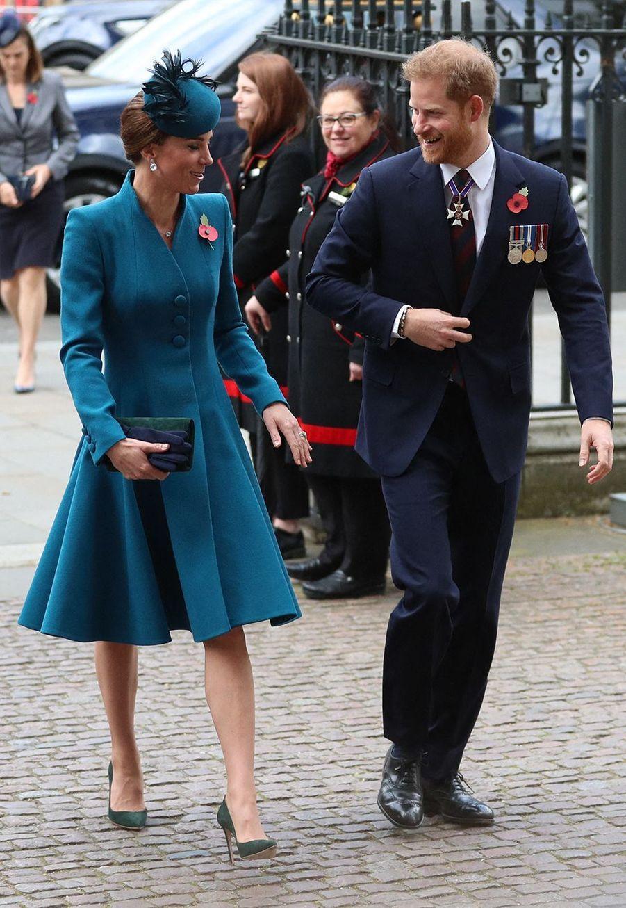 Kate Middleton et le prince Harry à l'abbaye de Westminster pour lajournée commémorative de l'ANZAC Day à Londres le 25 avril 2019