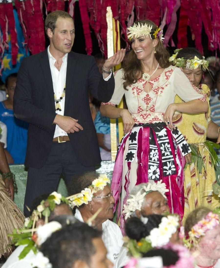 Kate et William en visite dans les Îles Salomon, en septembre 2012
