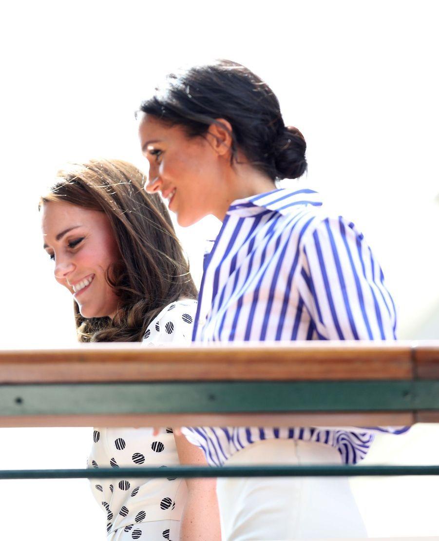 Kate Et Meghan Réunies À Wimbledon Pour La Finale Dames ( 1