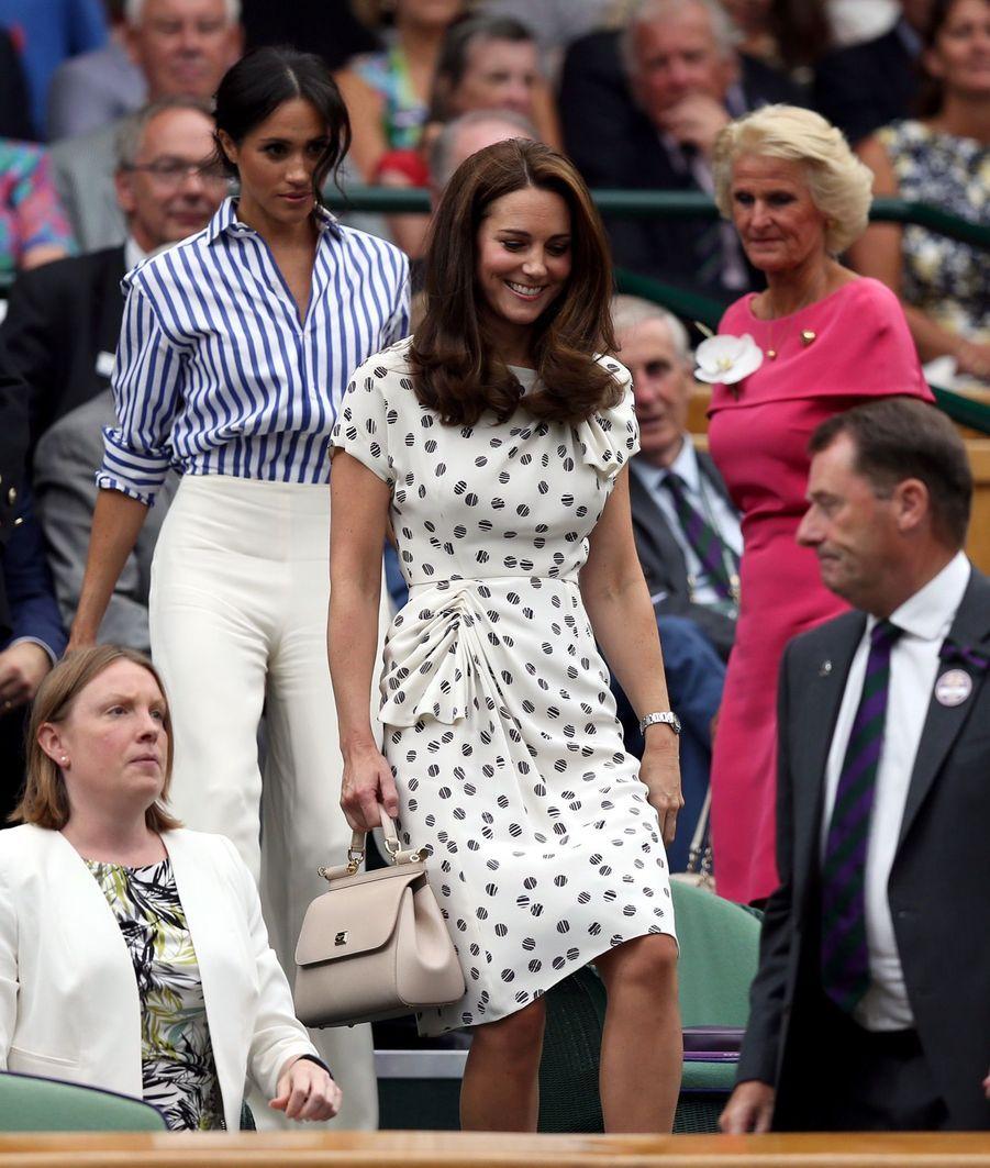Kate Et Meghan Réunies À Wimbledon Pour La Finale Dames ( 11