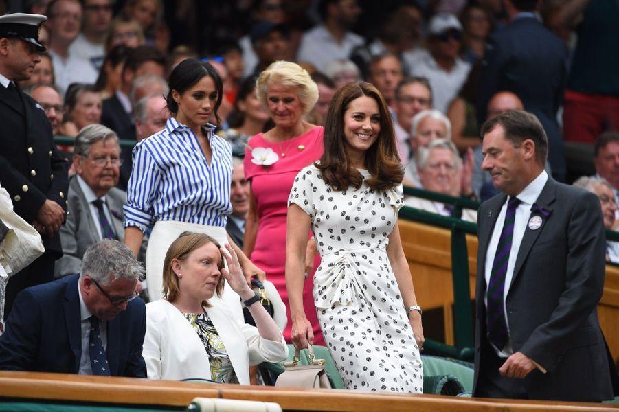 Kate Et Meghan Réunies À Wimbledon Pour La Finale Dames ( 12