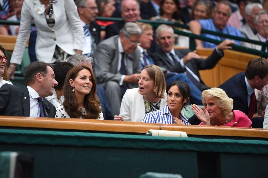 Kate Et Meghan Réunies À Wimbledon Pour La Finale Dames ( 14