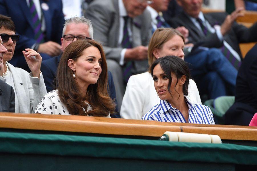 Kate Et Meghan Réunies À Wimbledon Pour La Finale Dames ( 16