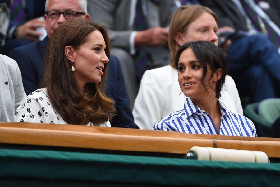 Kate Et Meghan Réunies À Wimbledon Pour La Finale Dames ( 17