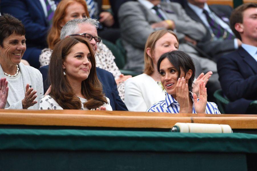 Kate Et Meghan Réunies À Wimbledon Pour La Finale Dames ( 19