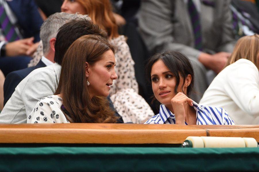 Kate Et Meghan Réunies À Wimbledon Pour La Finale Dames ( 21