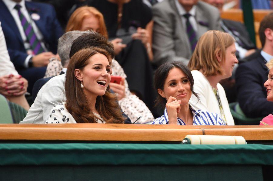 Kate Et Meghan Réunies À Wimbledon Pour La Finale Dames ( 23