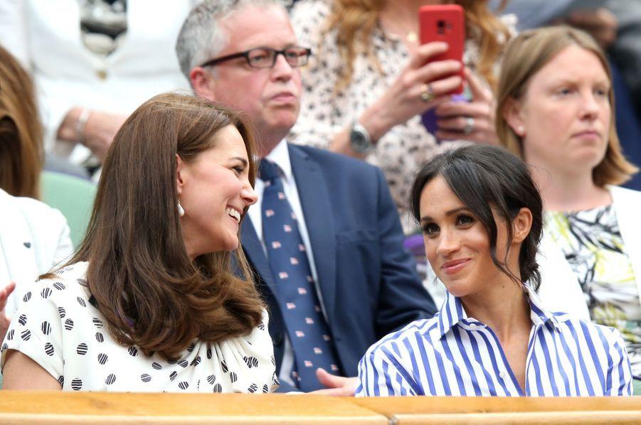 Kate Et Meghan Réunies À Wimbledon Pour La Finale Dames ( 25